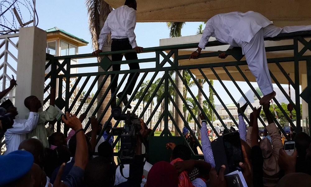 Benue lawmakers scale fence, suspend ex-speaker Ikyange