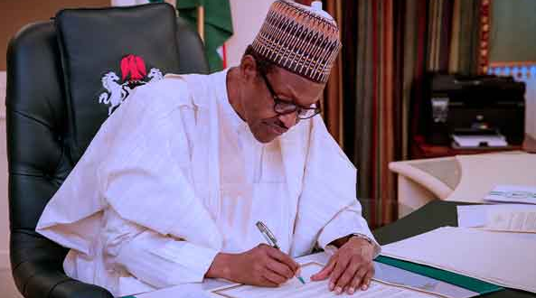 Buhari declares emergency on corruption, signs executive order