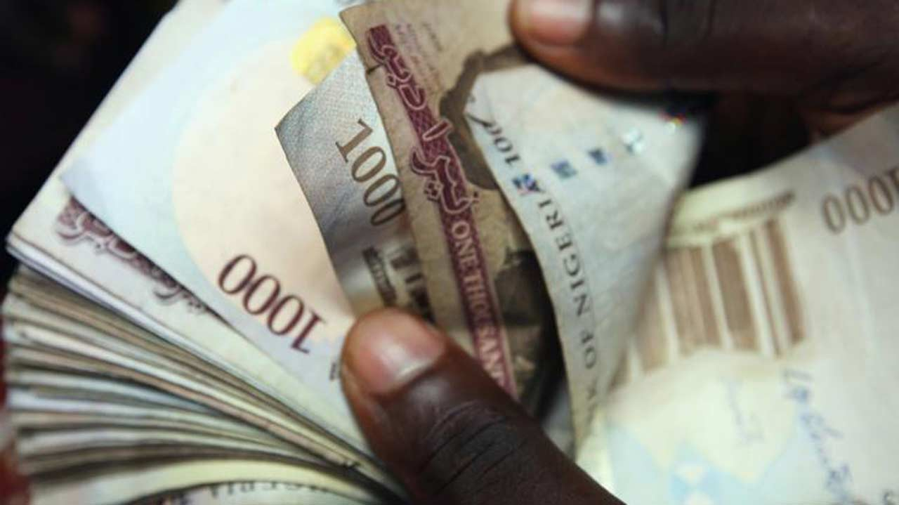 Low currency inflow weakens naira at I & E window