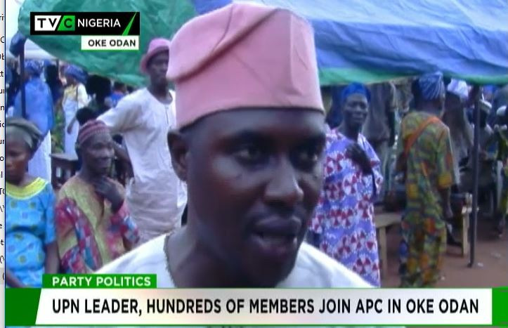 UPN leader, hundreds of members defect to APC in Ogun
