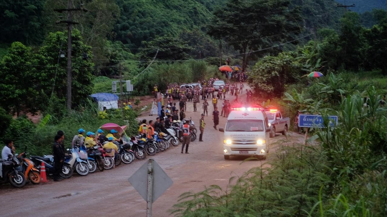 Thai cave: Four boys rescued, taken to hospital
