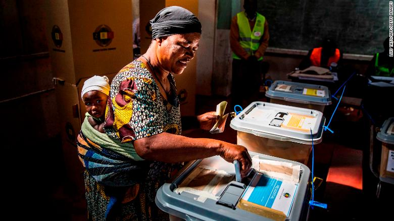 Zimbabwe: Voting ongoing in first poll since Mugabe's removal