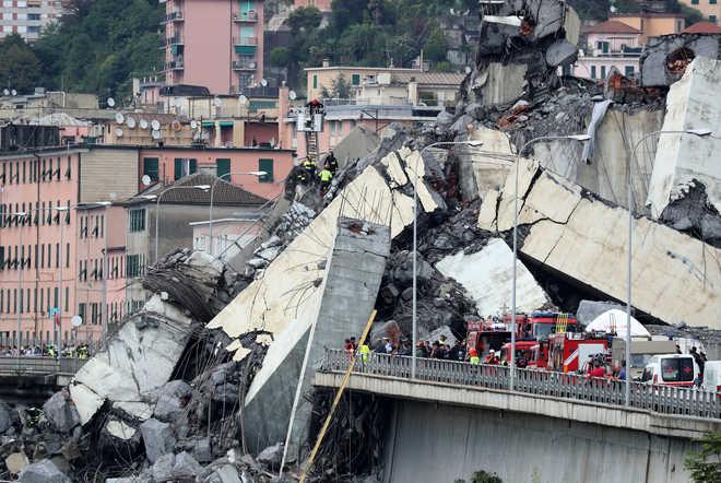 22 confirmed dead in Italian bridge collapse