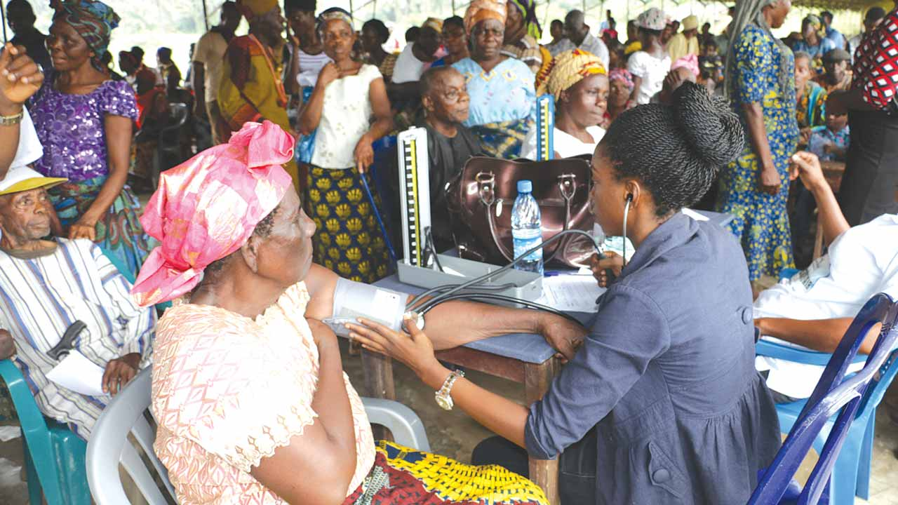 Rotary club organises free health service for 1,000 Mushin residents