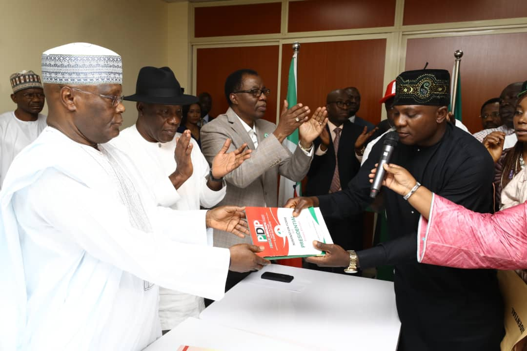 Atiku submits presidential nomination form
