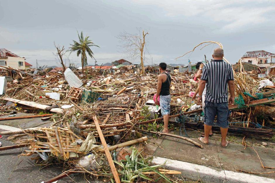 Typhoon Manghkut: Philippines assess super storm's impact