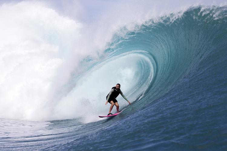 Brazil's Maya Gabeira set new world record in surfing