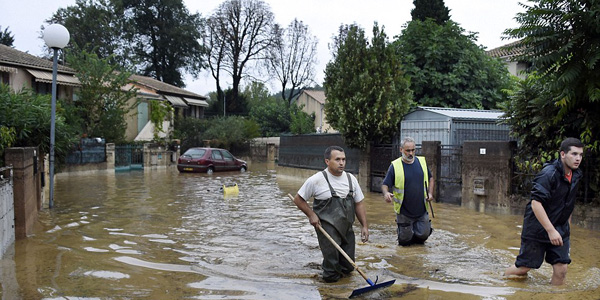 France flash floods: At least 6 killed as rescue efforts continue