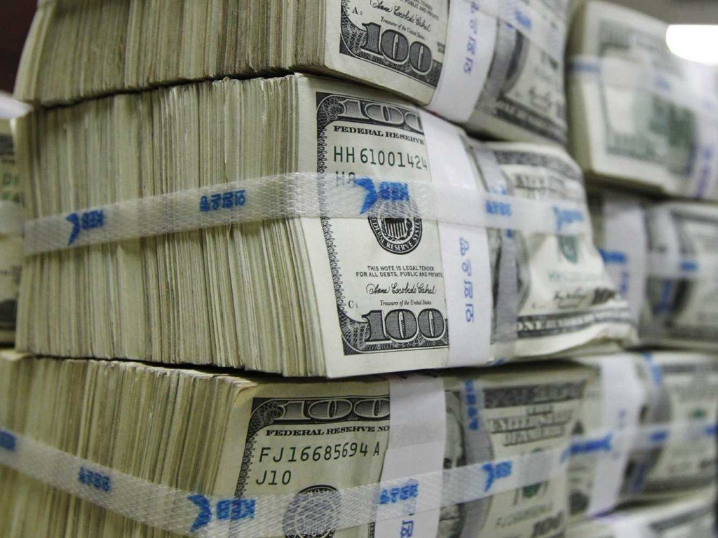 CBN releases N15bn to businessmen under currency swap deal