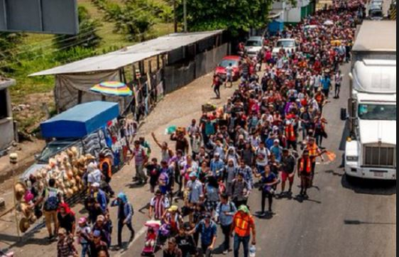 Central American migrants resume their march towards U.S. border
