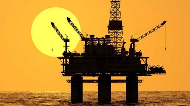 Crude oil production in the USA reaches world record high