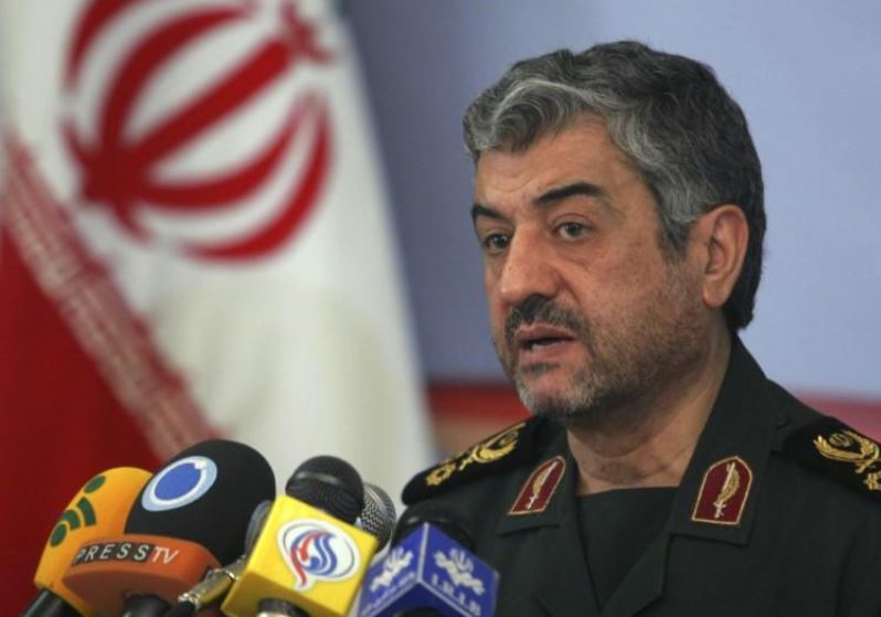 Iranian guards chief says country will resist, defeat U.S. sanctions
