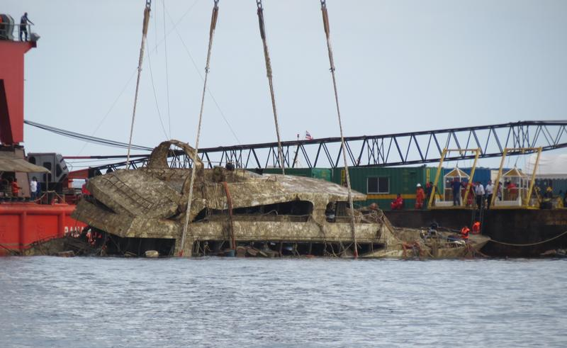 Thailand recovers Phoenix shipwreck
