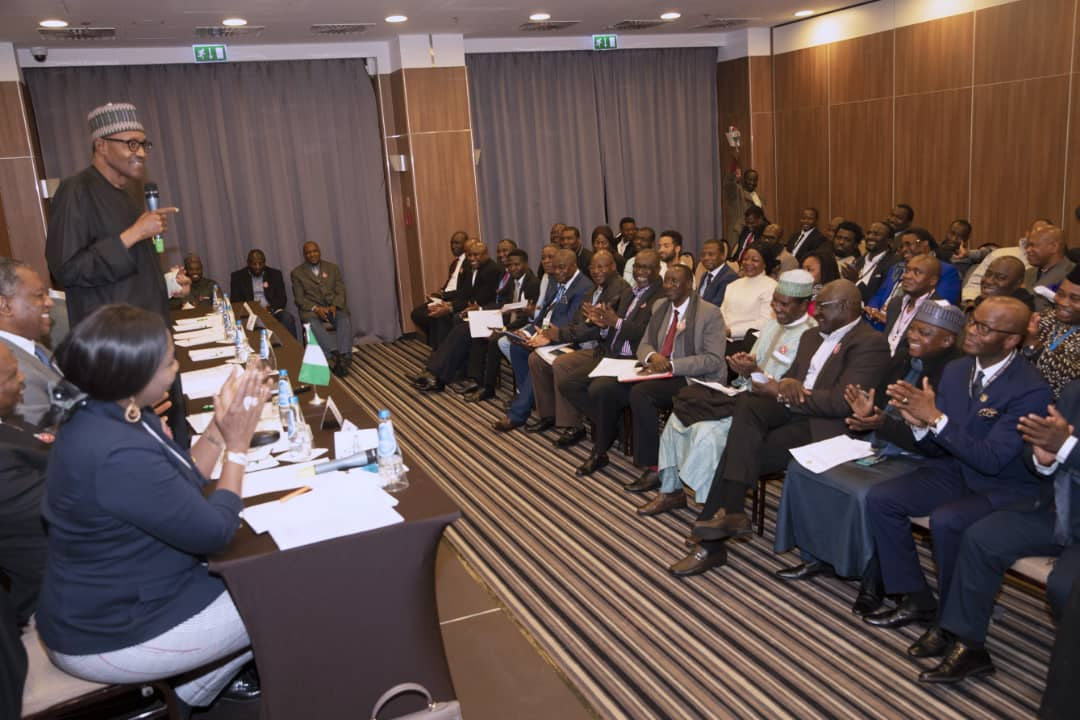 """''It's real me, I assure you""""- president Buhari responds to cloning allegation"""