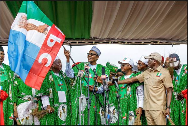 Buhari flags off campaign in Uyo on Friday