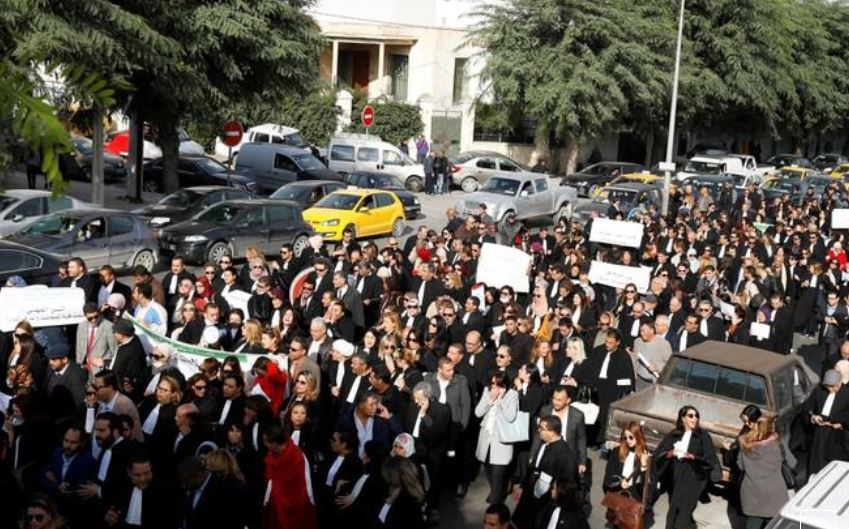 Tunisia doctors protest against wage disclosure
