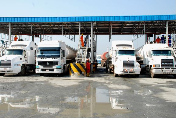 Oil marketers threaten to shut depots over N800bn unpaid subsidy