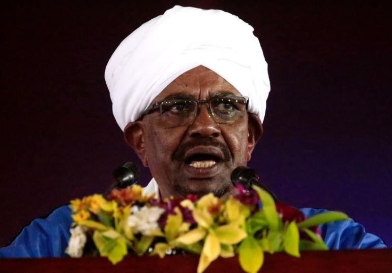 Sudan lawmakers back amendment to let Bashir stand again