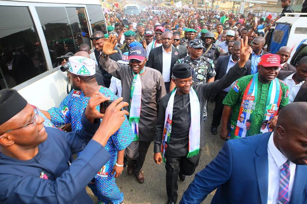 Osinbajo, Ambode, Sanwo-Olu, others storm Alimosho for house-to-house campaign