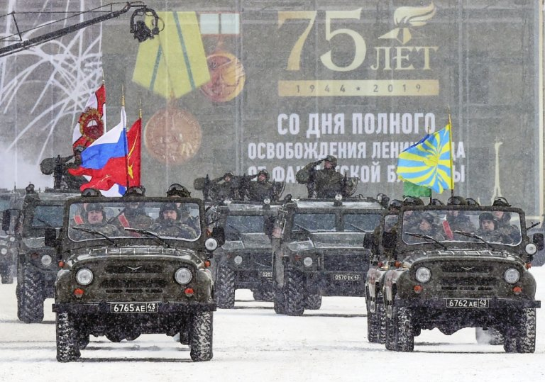 Russia holds military parade to mark 75th anniversary of end of leningrad siege
