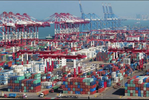 China's exports shrink, raising risks to global economy
