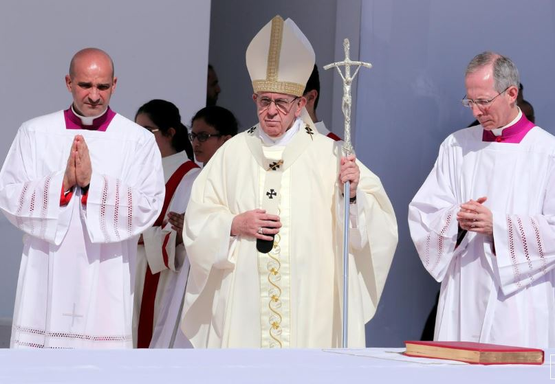 Pope Francis denounces 'scourge' of human trafficking and slavery