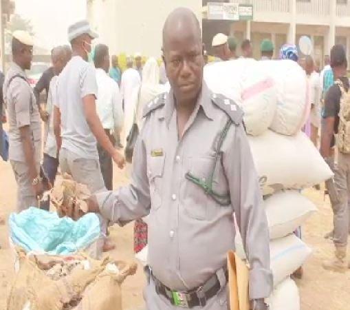 Adamawa/Taraba customs intercept N98.3m worth of banned goods - TVC News
