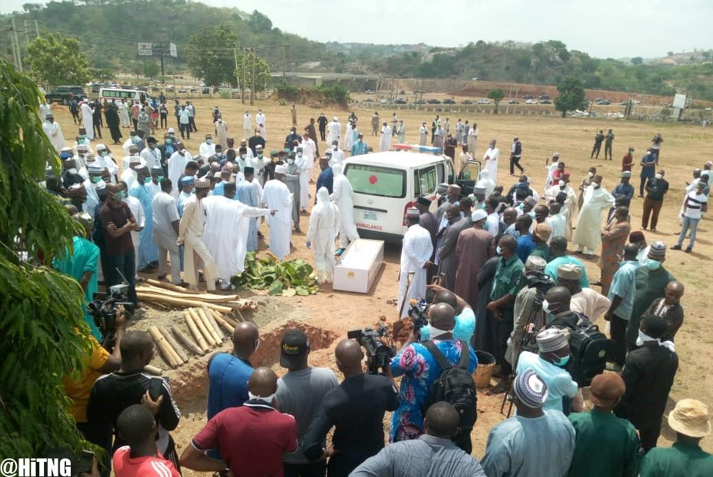 Aso Villa Journalists who attended Abba Kyari's Burial must Self ...