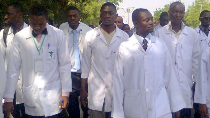 Coronavirus: Nigerian doctors reject country's plan to invite ...