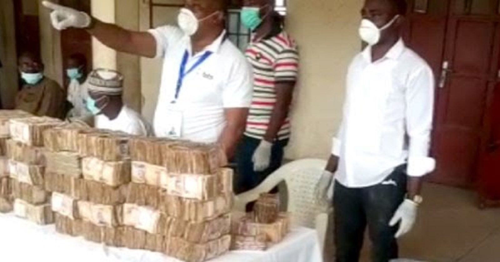 COVID-19: FG Begins N20,000 Conditional Cash Transfer to Poor ...