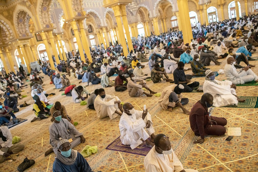 As mosques reopen in West Africa, COVID-19 fears grow - Africa ...
