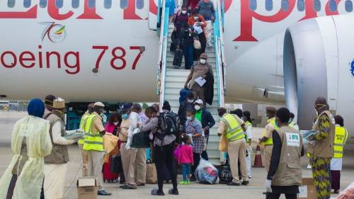 167 Nigerians Evacuated From South Africa By Government | Sahara ...