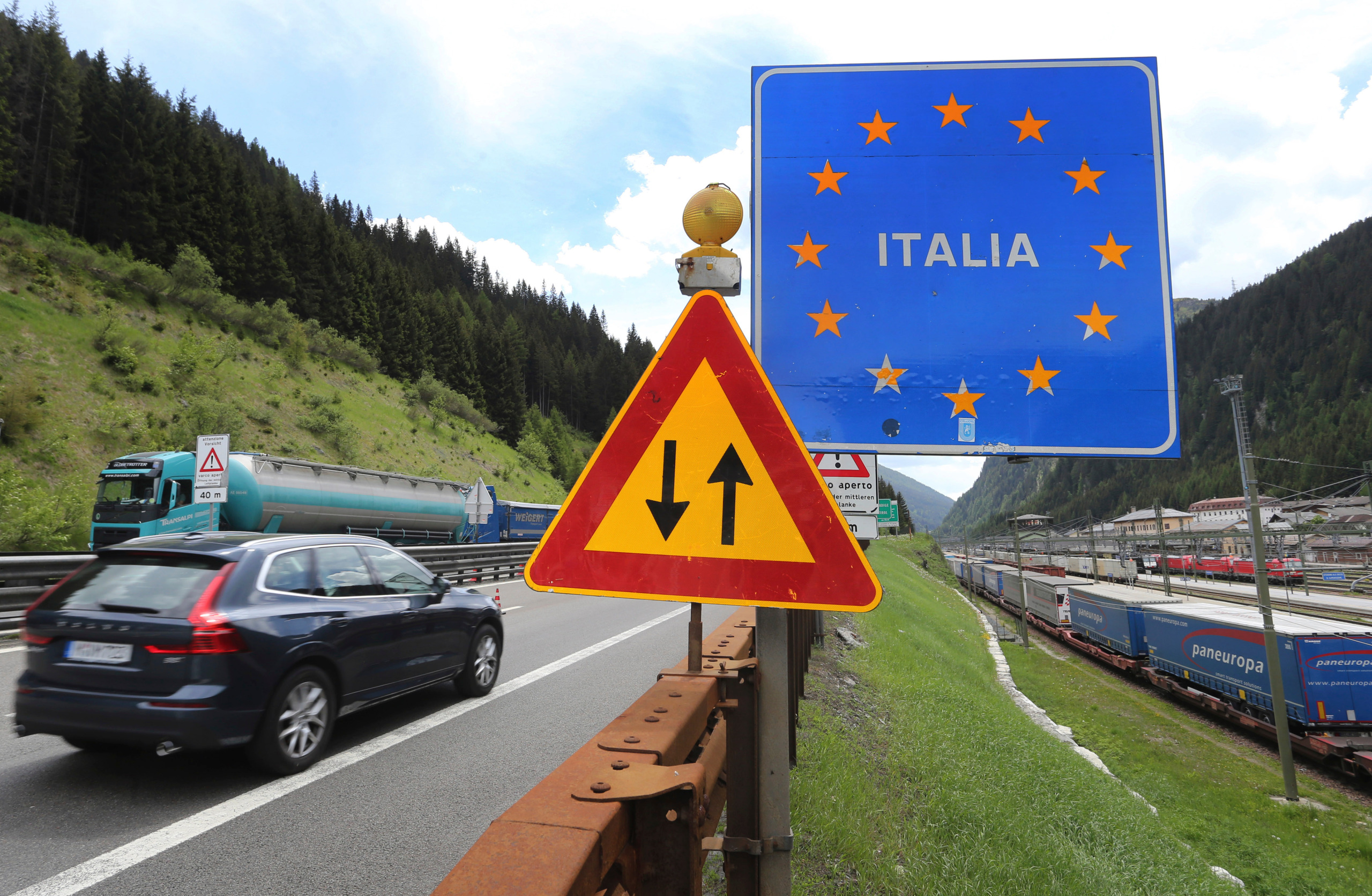 EU wants borders free of virus restrictions by end of June ...
