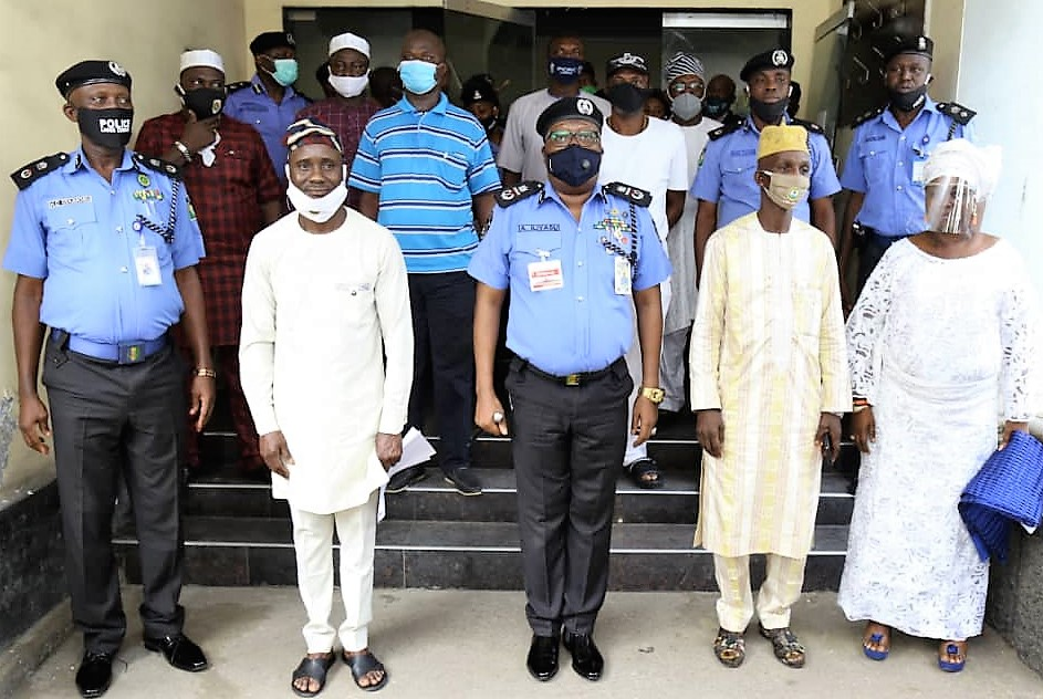 Lagos Police Kick-Off Community Policing …Set up Structures ...